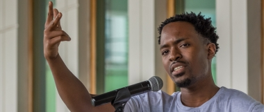 International spoken word artist, Suli Breaks, at 2015 ROOTS Foundation Cascadoo Festival